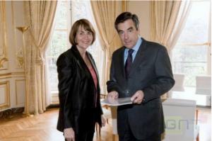 Francia estudiará la reducción del IVA para los libros digitales