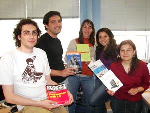 Sant Jordi, libros y rosas en Grupo Intercom